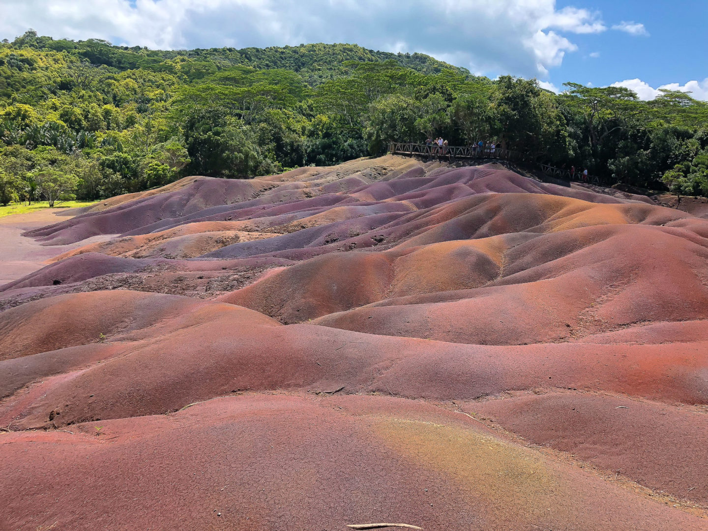 seven coloured earth chamarel mauritius